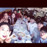 [INSTAGRAM] 140828 Minzy shares a pic with her schoolmates