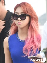 [PHOTOS] 140829 Press Photos of Minzy at Incheon Airport to Shanghai